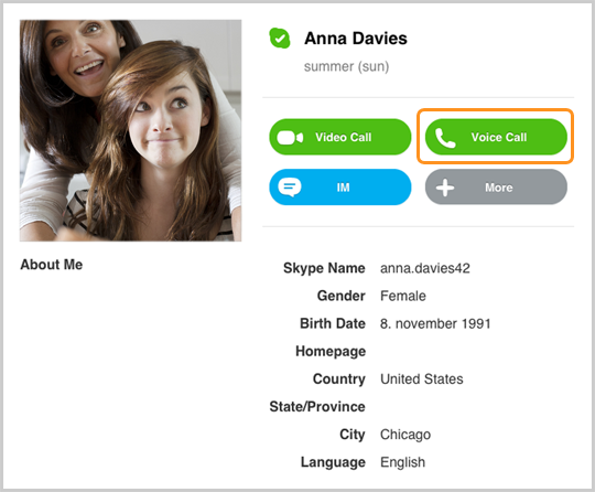 Bouton Appel vocal dans le profil d'un contact Skype.
