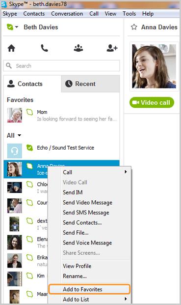 Option Ajouter aux Favoris sélectionnée dans la liste affichée après avoir cliqué avec le bouton droit sur le contact.