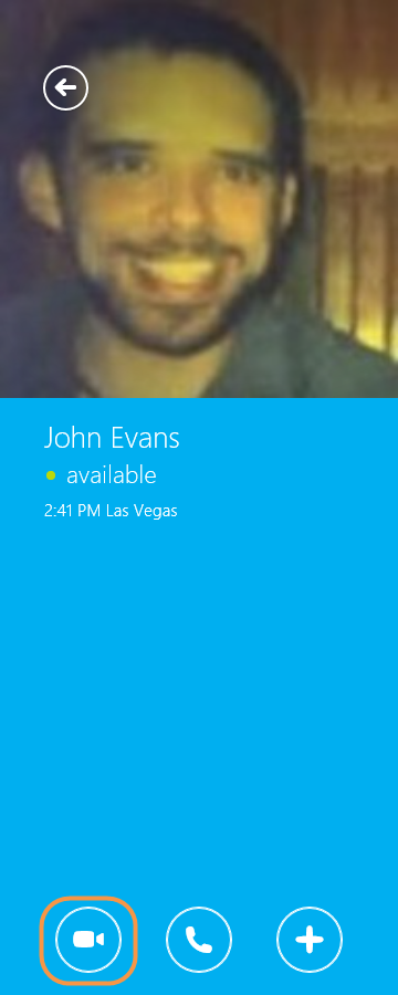 The conversation window with the video call icon selected.