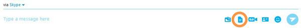 Option Send file (Envoyer un fichier) sélectionnée dans le menu qui s'affiche après avoir cliqué sur le bouton plus.